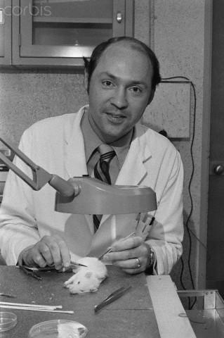 Dr. William Summerlin and Lab Rat
