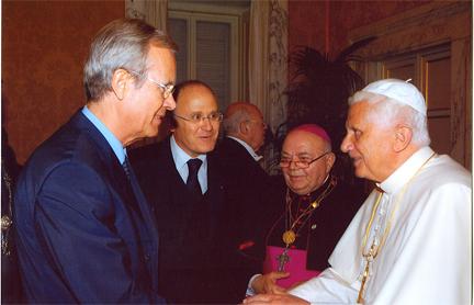 20061016_Papst_Strauer_KLEIN