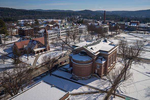 campus-winter-590
